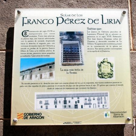 Cartel explicativo de la casa de los Franco Pérez de Liria