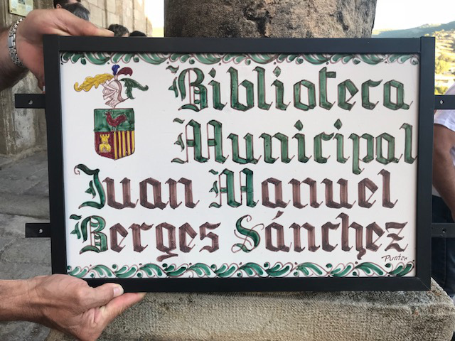 Placa_Biblioteca